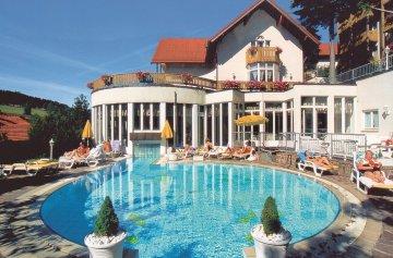 Burghotel am Hohen Bogen - Neukirchen beim Heiligen Blut / Bayerischer Wald