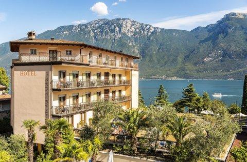 Hotel Garda Bellevue**** - Limone sul Garda / Gardasee
