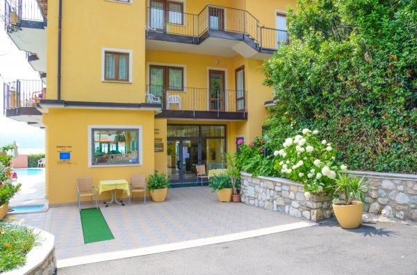 Hotel Piccolo Paradiso**** - Toscolano / Gardasee