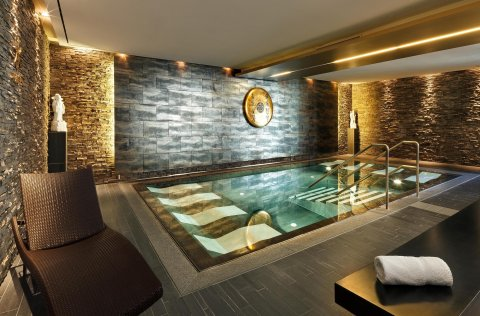 Falkensteiner – Welcome Home im Hotel Asia Spa****/ Leoben