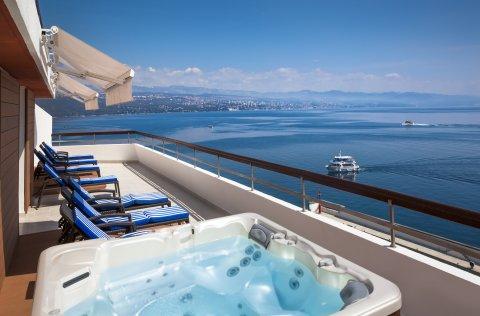 Hotel Admiral 4* - Opatija / Kroatien